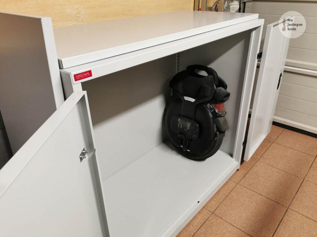 euc-safety-cabinet-2-1024x768.jpg