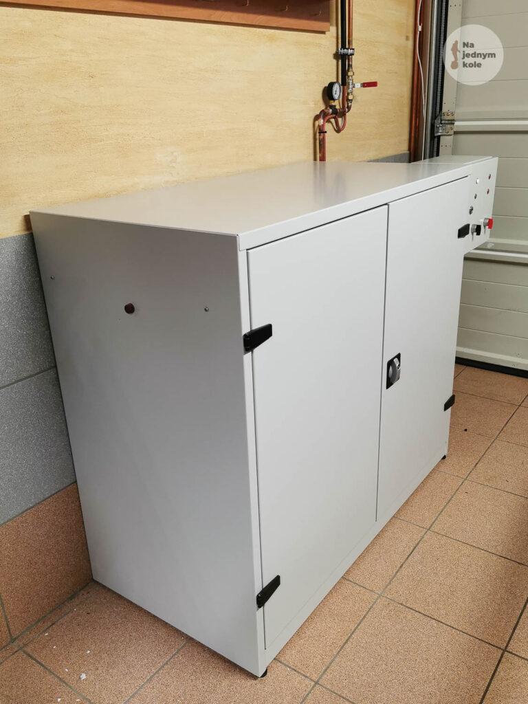 euc-safety-cabinet-25-768x1024.jpg